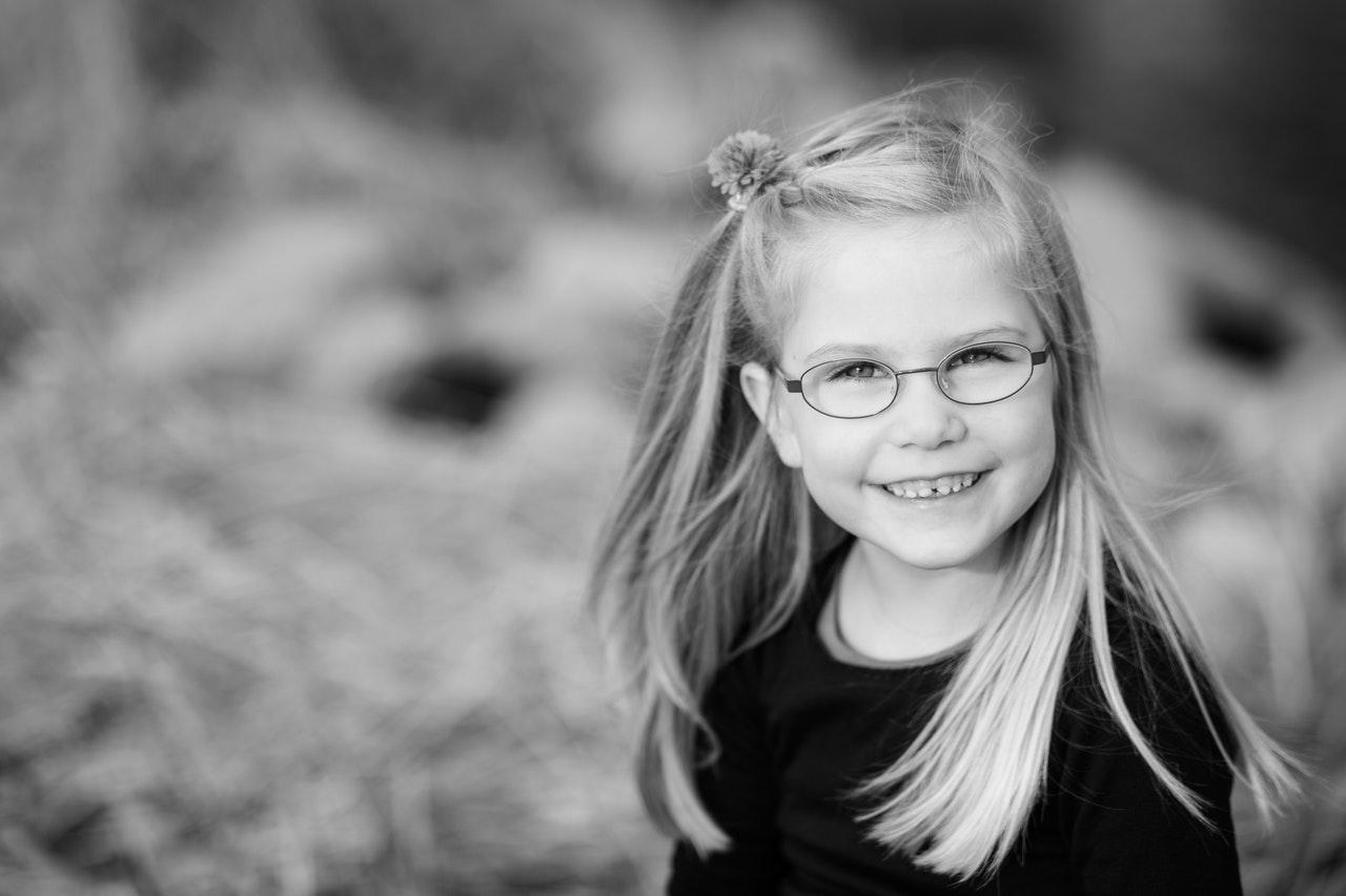 jeg er fotograf med speciale i børn, familier og dyr